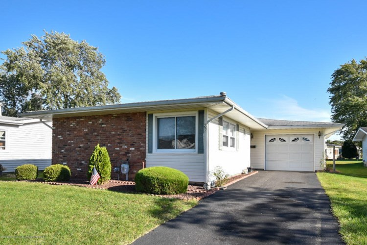 37 Rossetti Court, Brick, NJ 08724