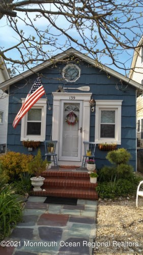 139 E Longport Avenue, Ocean Gate, NJ 08740