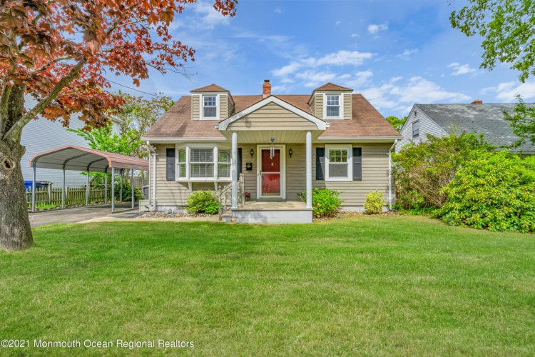 16 Point O Woods Drive, Toms River, NJ 08753