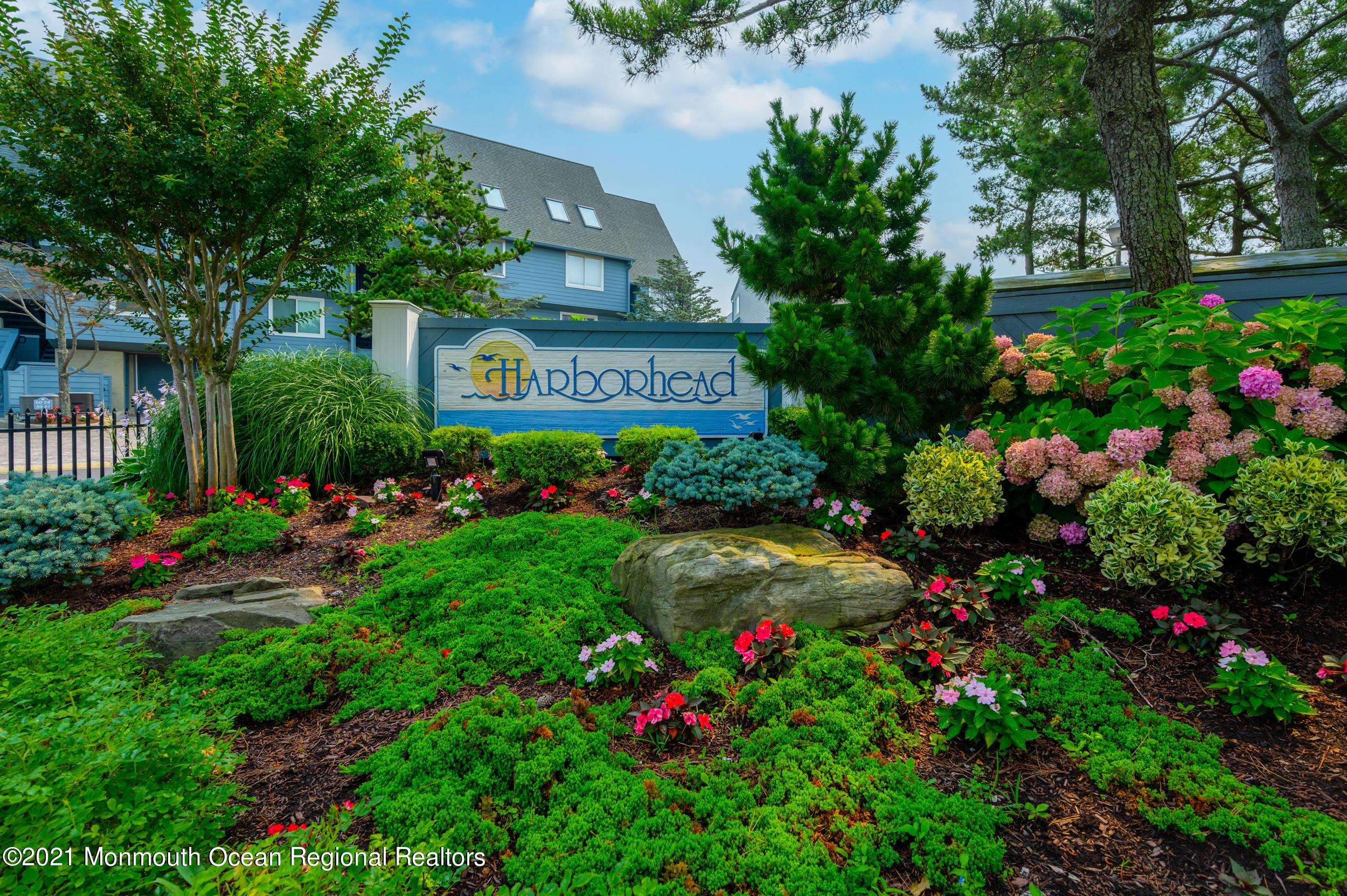 55 Harborhead Drive # 55, Point Pleasant Beach, NJ 08742
