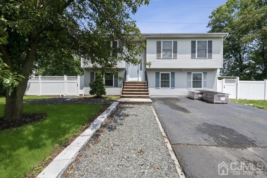 89 Normandy Drive , Piscataway, NJ 08854