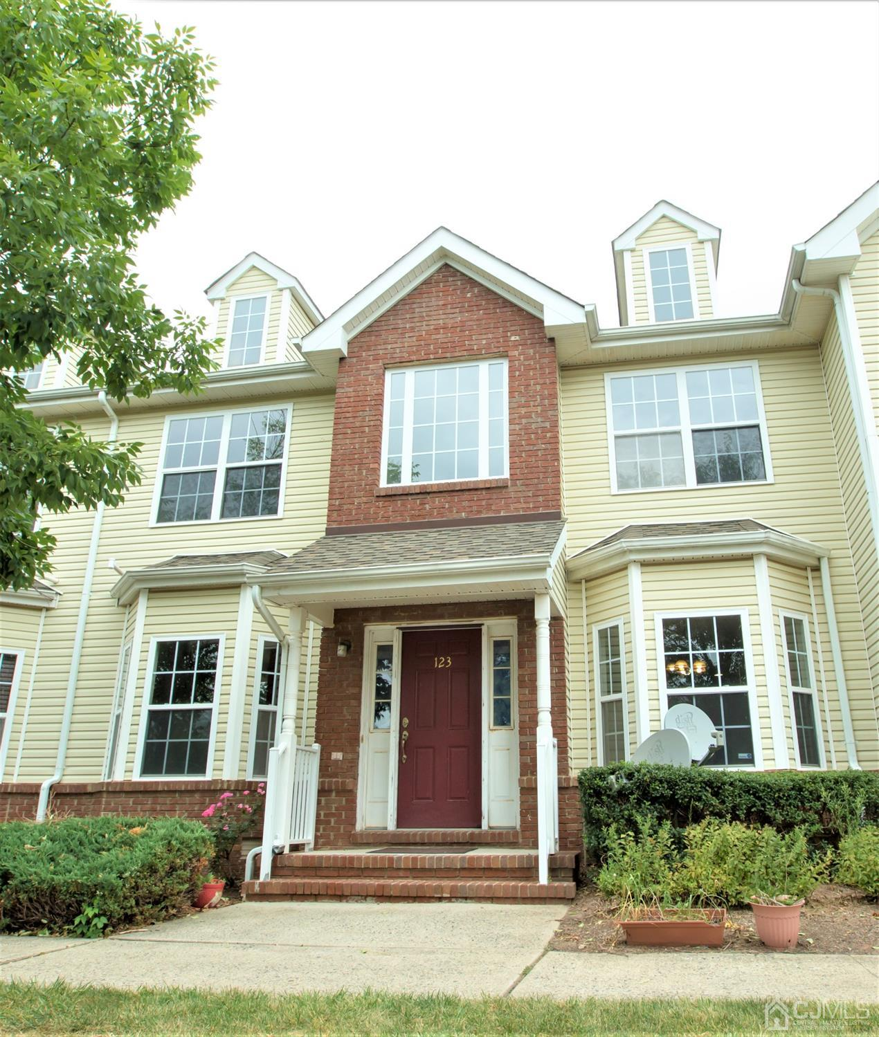 123 Forest Drive , Piscataway, NJ 08854