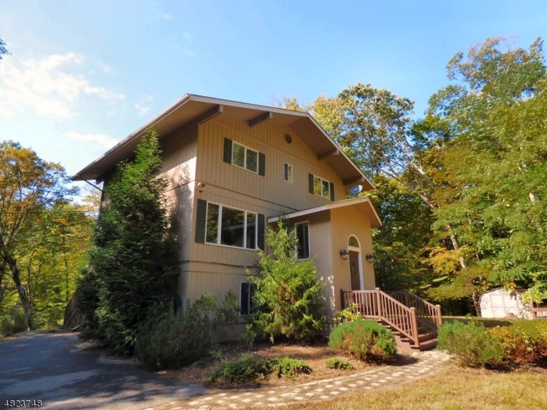 85 MOHICAN RD, Blairstown Twp., NJ 07825