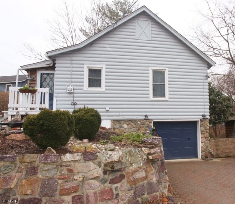 4 LENAPE TRL, Jefferson Twp., NJ 07438