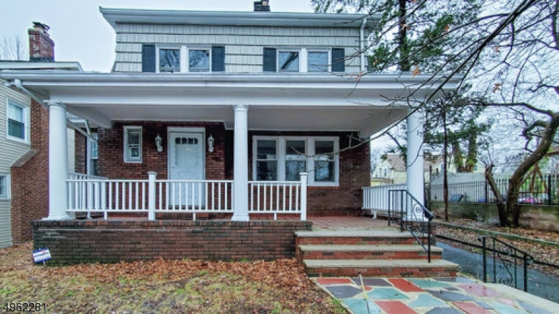 17 SAWYER AVE, East Orange City, NJ 07017