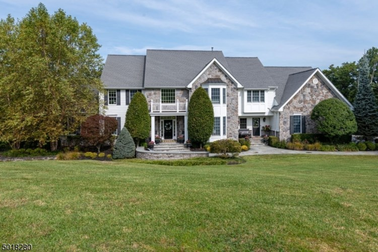 188 S GLEN RD, Kinnelon Boro, NJ 07405