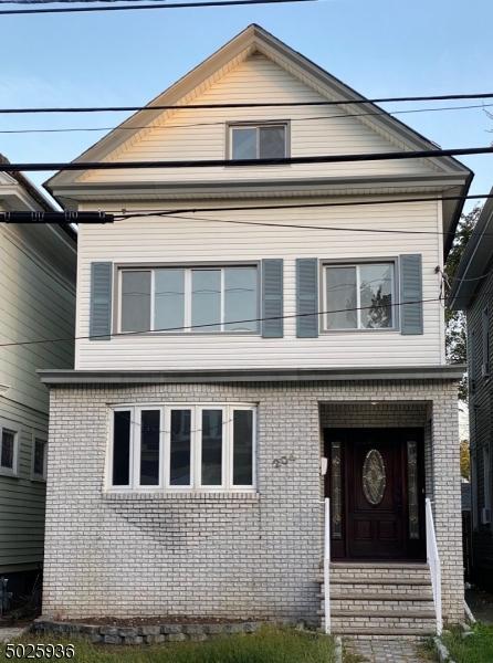 204-206 ORCHARD ST, Elizabeth City, NJ 07208