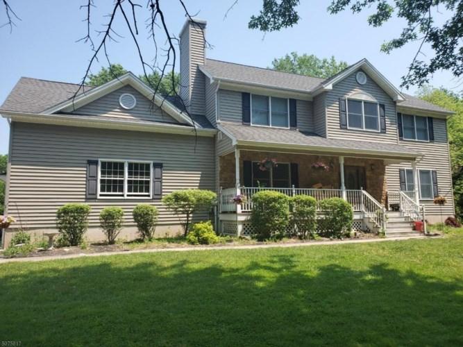 15 Barcroft Rd, Kingwood Twp., NJ 08825