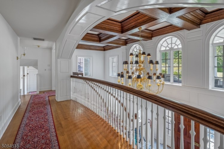 255 Fox Chase Road, Chester Twp., NJ 07930