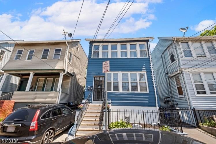 15 Edwin Pl, Newark City, NJ 07112