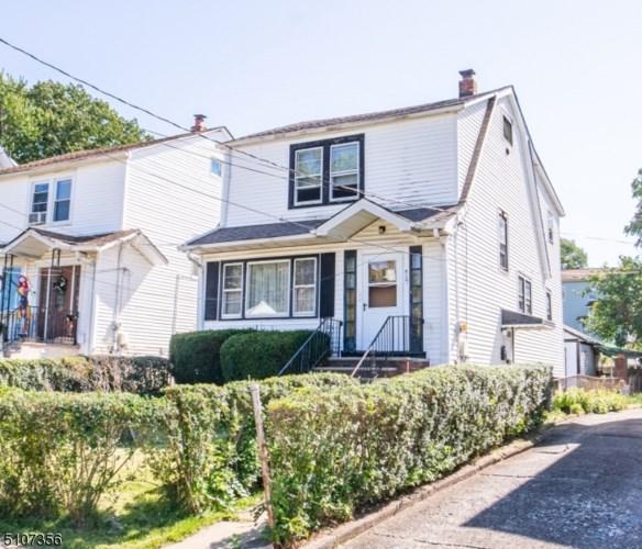 527 Harrison St, Passaic City, NJ 07055