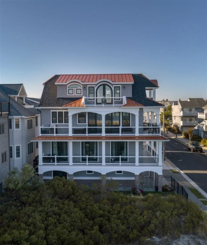 920 Delancey Pl, Ocean City, NJ 08226