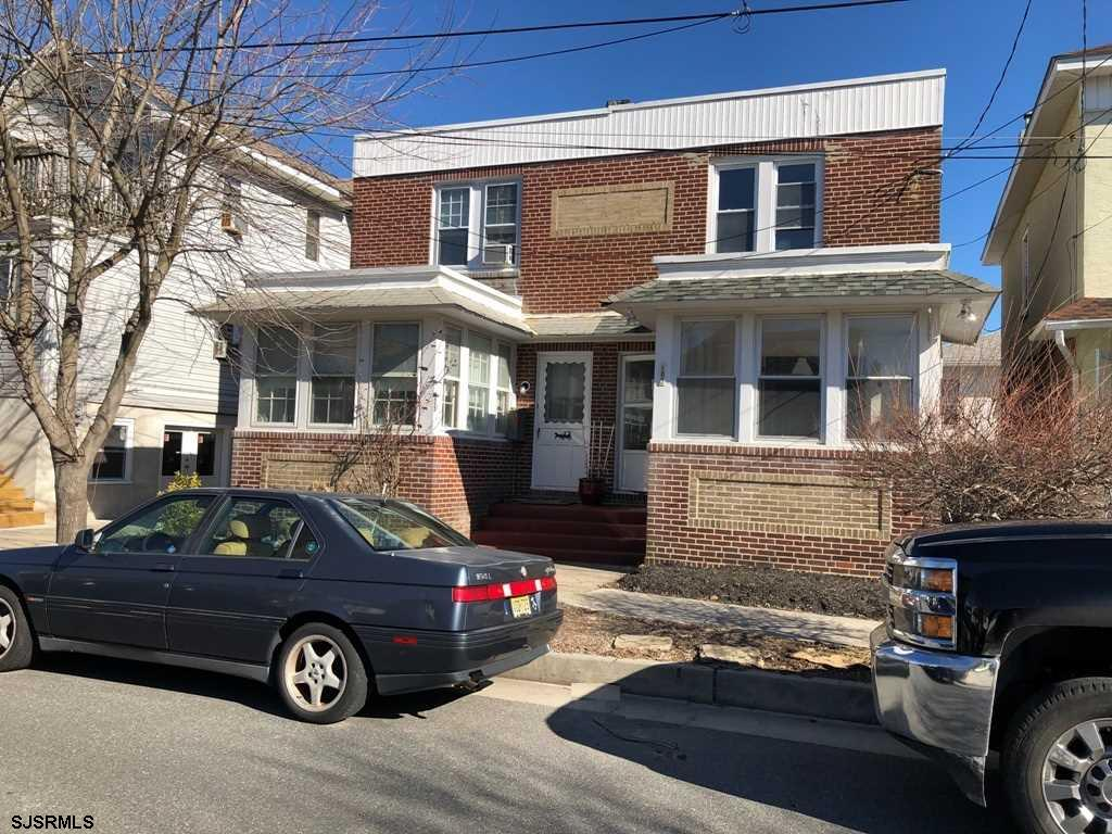 105 N Princeton Ave, Ventnor, NJ 08406