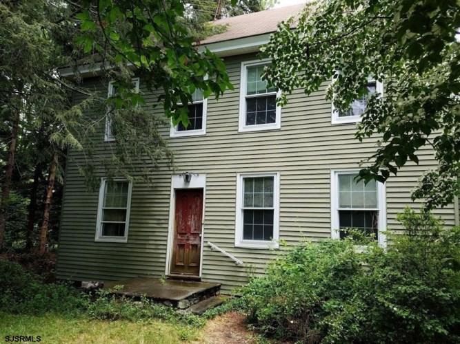 1401 Darmstadt Ave, Devonshire, NJ 08215