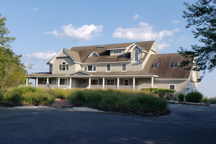 615 Hay Ave, Absecon, NJ 08201