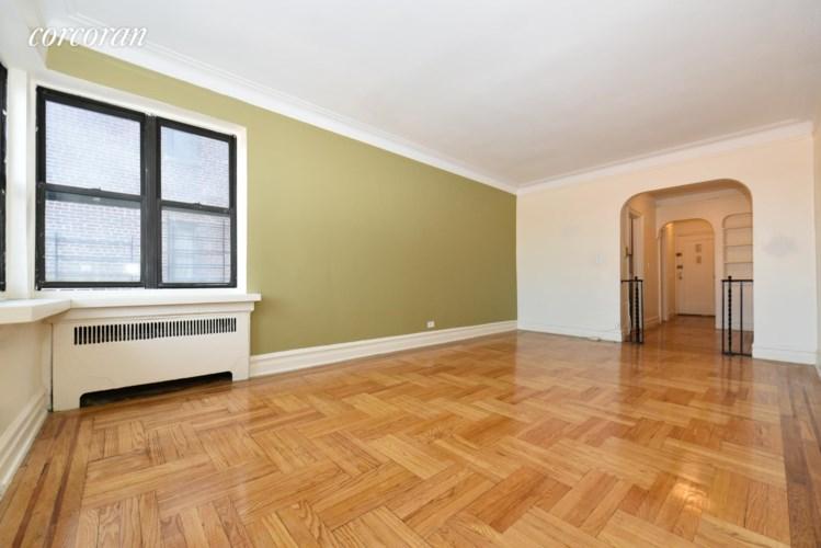 3000 Valentine Ave 5D, Bronx, NY 10458