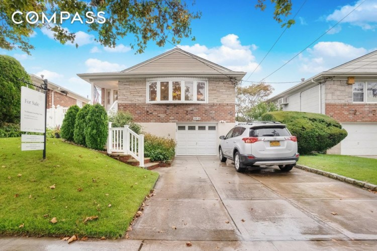159-19 89 St., Queens, NY 11414