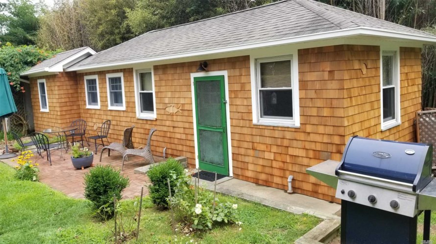 16640 Main Street  #Cottag, New Suffolk, NY 11956