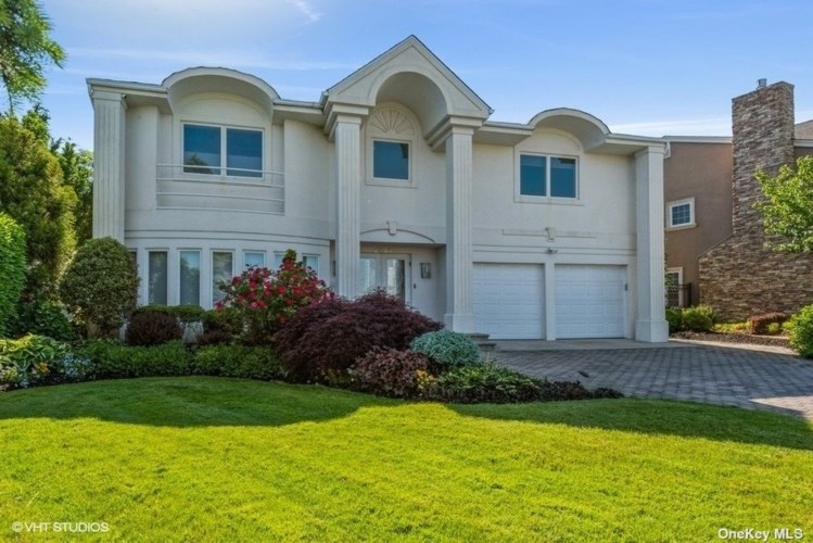 2850 Lee Place, Bellmore, NY 11710