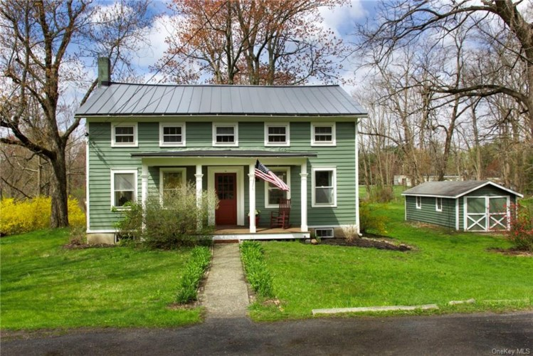 73 Old Post Road N, Red Hook, NY 12571