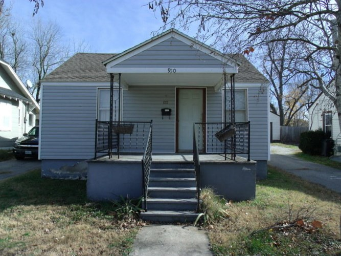 1700 South Fort Avenue, Springfield, MO 65807