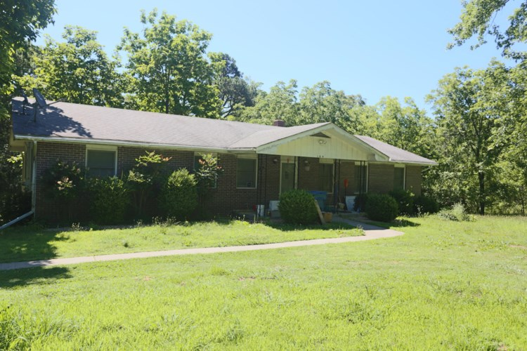 109 Ravenwood Way, Ridgedale, MO 65739