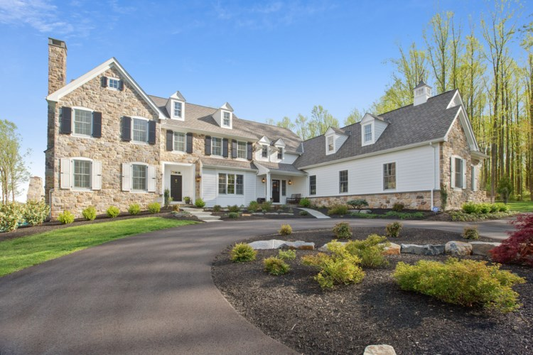 146 GREEN VALLEY RD, UNIONVILLE, PA 19320