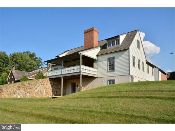 106 ORCHARD HILL LN, ELVERSON, PA 19520