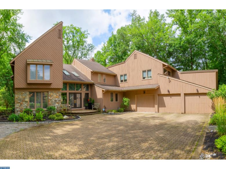 36 SOUTHWOOD DR, CHERRY HILL, NJ 08003