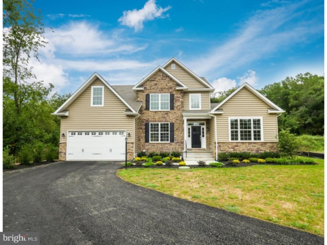 225 STOUTS VALLEY RD, WILIAMS TWP, PA 18077