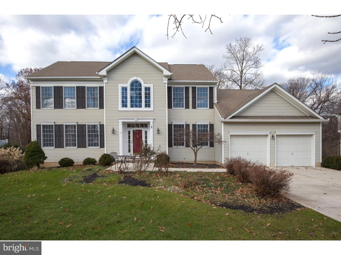 8 ASHWOOD CT, LAWRENCEVILLE, NJ 08648