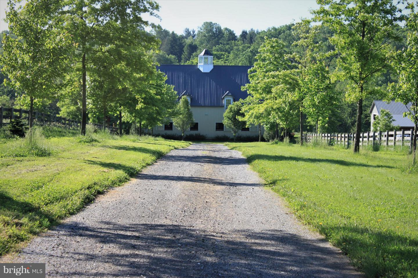 301 HIGHPOINT RD, COCHRANVILLE, PA 19330