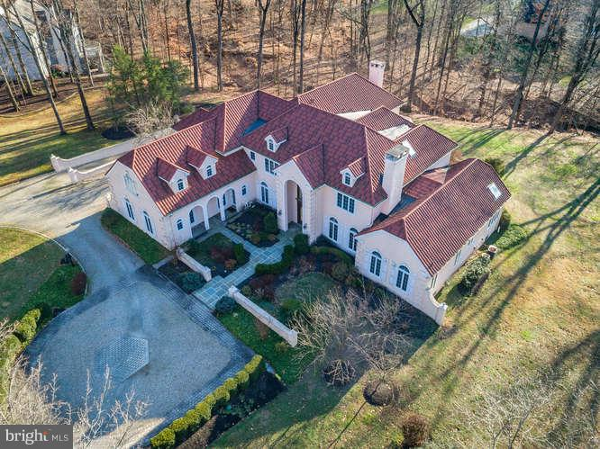 23 TANGLEWOOD DR, HOPEWELL, NJ 08525