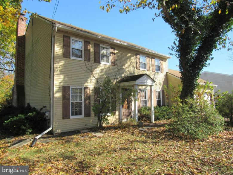 125 RED LION RD, HUNTINGDON VALLEY, PA 19006