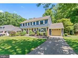 334 WESTWOOD DR, WEST DEPTFORD, NJ 08096