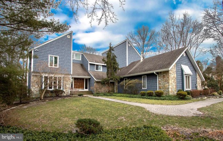 11 SOUTHWOOD, CHERRY HILL, NJ 08003