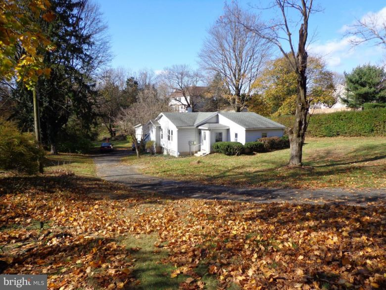 1226 POTTSTOWN PIKE, WEST CHESTER, PA 19380