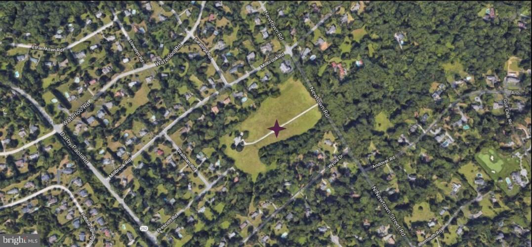 1016 NEWTOWN RD, BERWYN, PA 19312