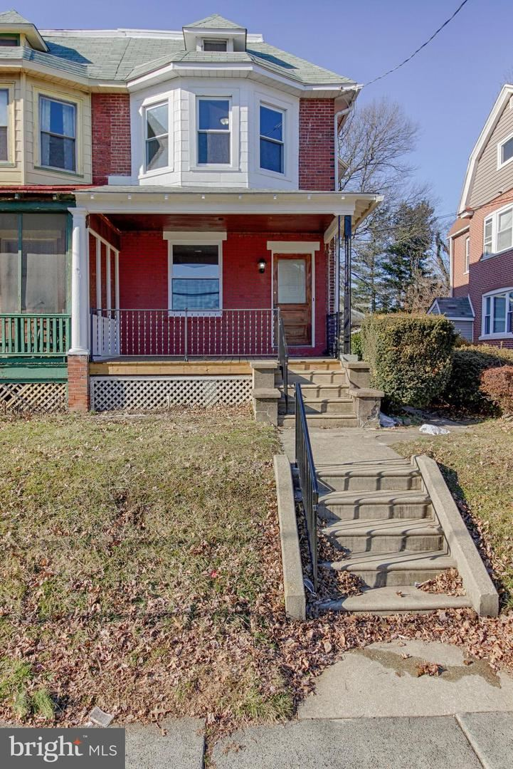 63 E BROADWAY AVE, CLIFTON HEIGHTS, PA 19018