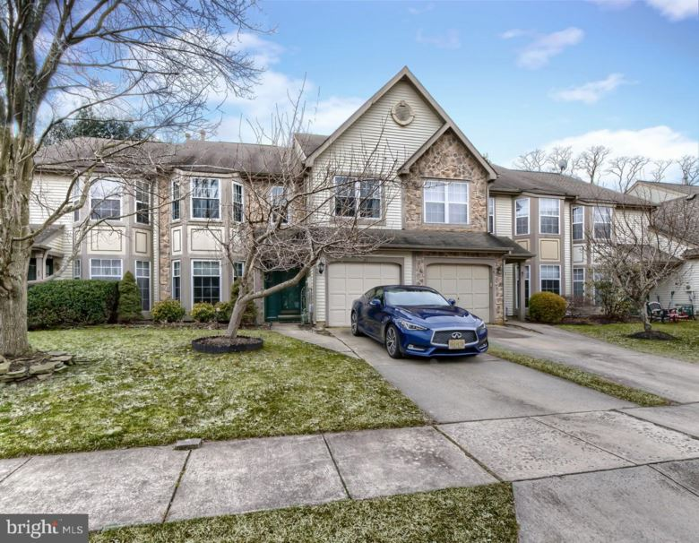 21 LANGCLIFFE CT, MOUNT LAUREL, NJ 08054
