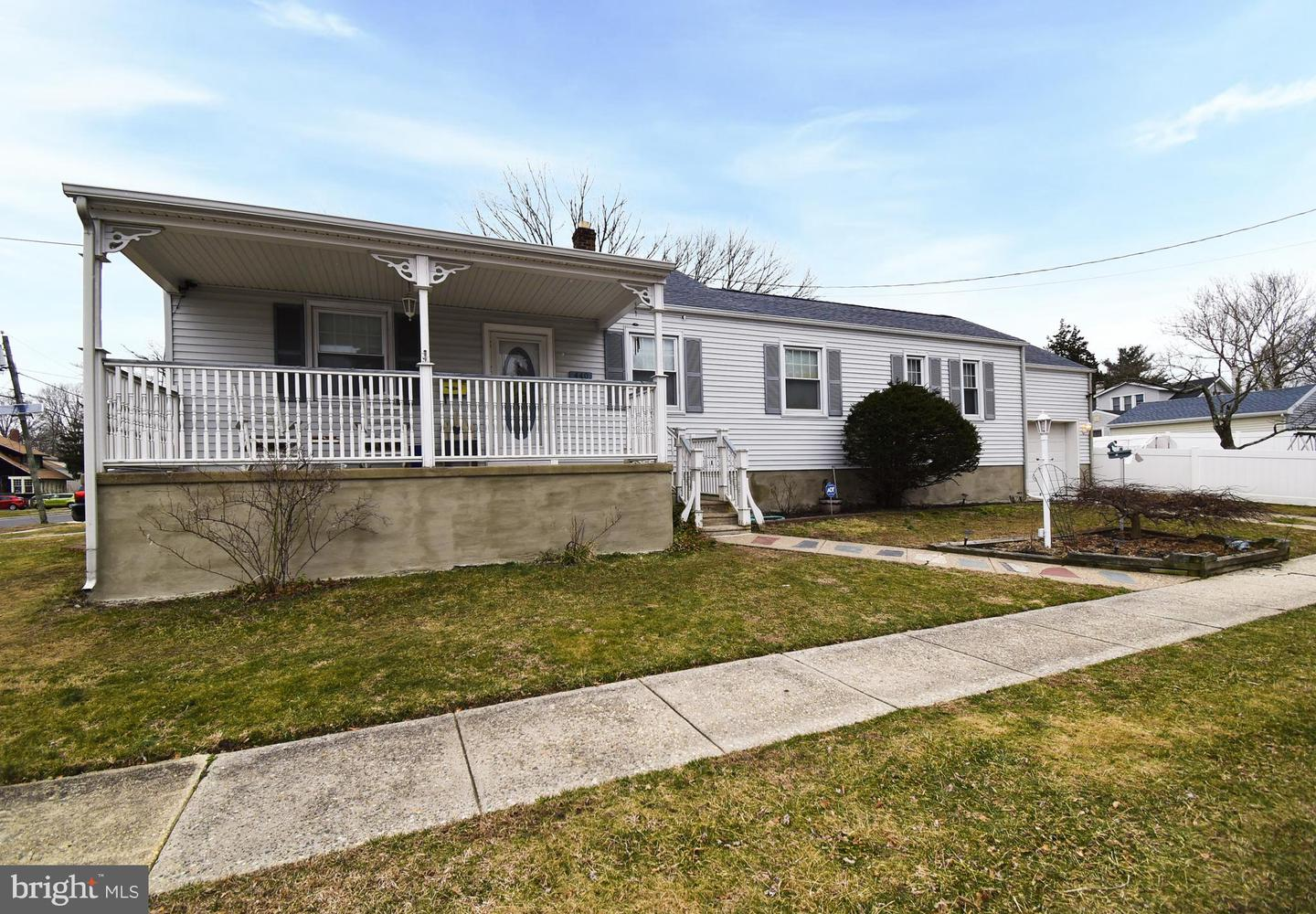440 W LINCOLN AVE, MAGNOLIA, NJ 08049