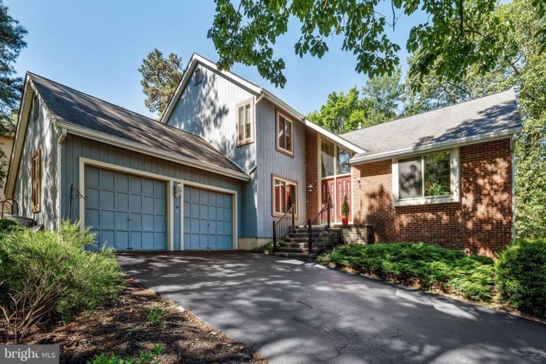 205 WILLIAM FEATHER DR, VOORHEES, NJ 08043