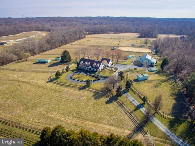 6089 FISHERS STATION RD, LOTHIAN, MD 20711