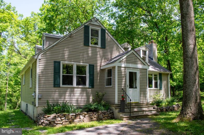 130 MAPLEFLOWER RD, GLENMOORE, PA 19343