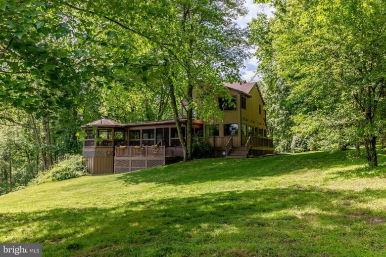 31 BROOK LN, CHADDS FORD, PA 19317