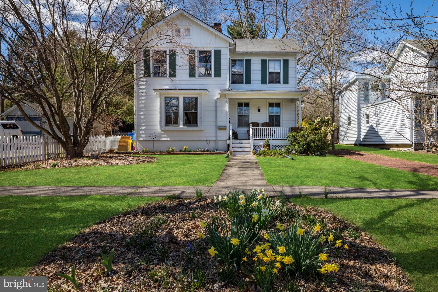 72 MODEL AVE, HOPEWELL, NJ 08525