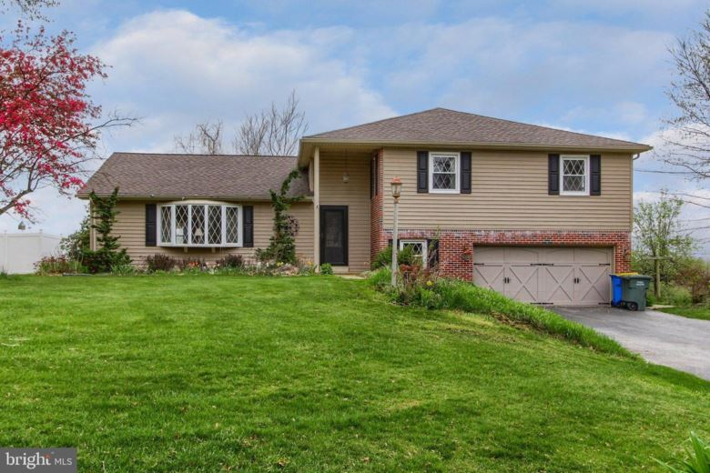 749 RIDGELYN DR, DALLASTOWN, PA 17313