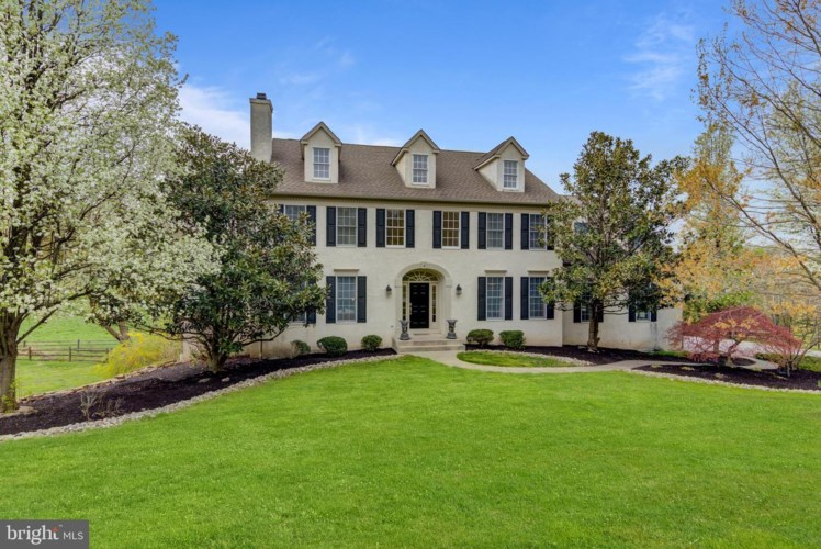 2 MISTY MEADOW DR, WEST CHESTER, PA 19382