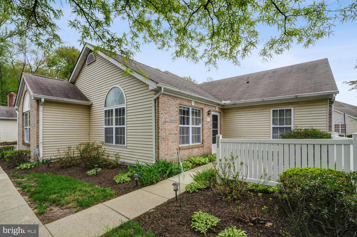 142 POINT CT, LAWRENCE, NJ 08648