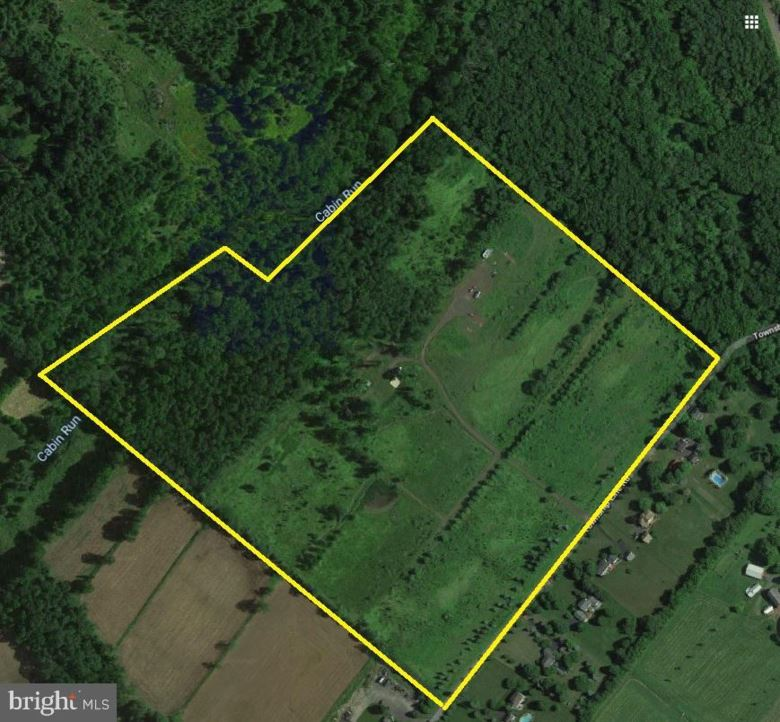 5837 TOWNSHIP LINE RD, PIPERSVILLE, PA 18947